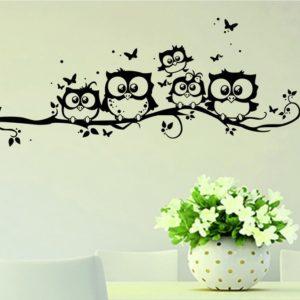 מדבקת קיר ציפורים מתוקות ישובות על ענף לקישוט הקיר או החלון
