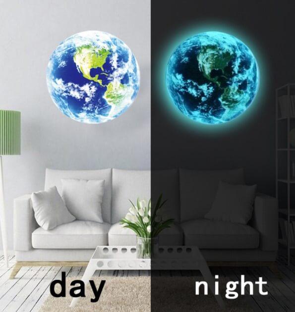 מדבקת קיר כדור הארץ זוהר בחושך
