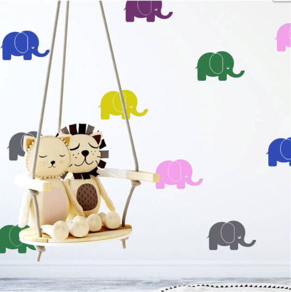 מדבקת קיר פילים צבעוניים לעיצוב חדרי ילדים שמח